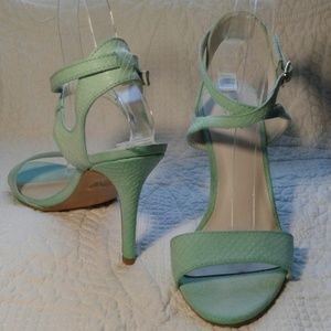 A.N.A. sea foam green Strap heel sandal EUC